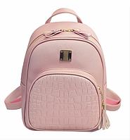 Рюкзак женский кожзам Crocodile print с кисточкой Розовый, фото 1