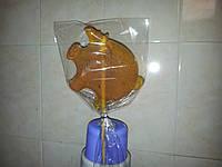 Карамель леденец на палочке желтая свинья, вес 250 г.