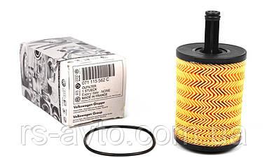 Фильтр масляный Volkswagen T5, Фольксваген T5, Caddy III 03- 071115562C