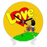 Часы настольные круглые Love is 18 см желтые (CH18_P_17LV002)
