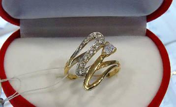 Женское золотое кольцо - змейка
