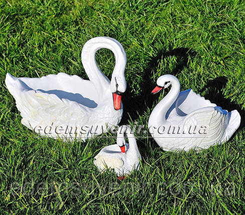 Садовая фигура Лебеди кашпо, фото 2