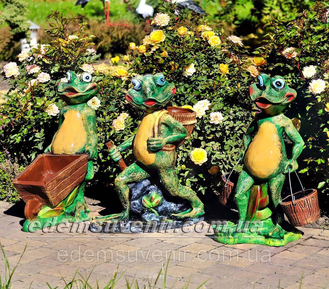 Садовая фигура подставка для цветов Лягушка с тачкой, Лягушка с ведрами и Лягушка с корзиной