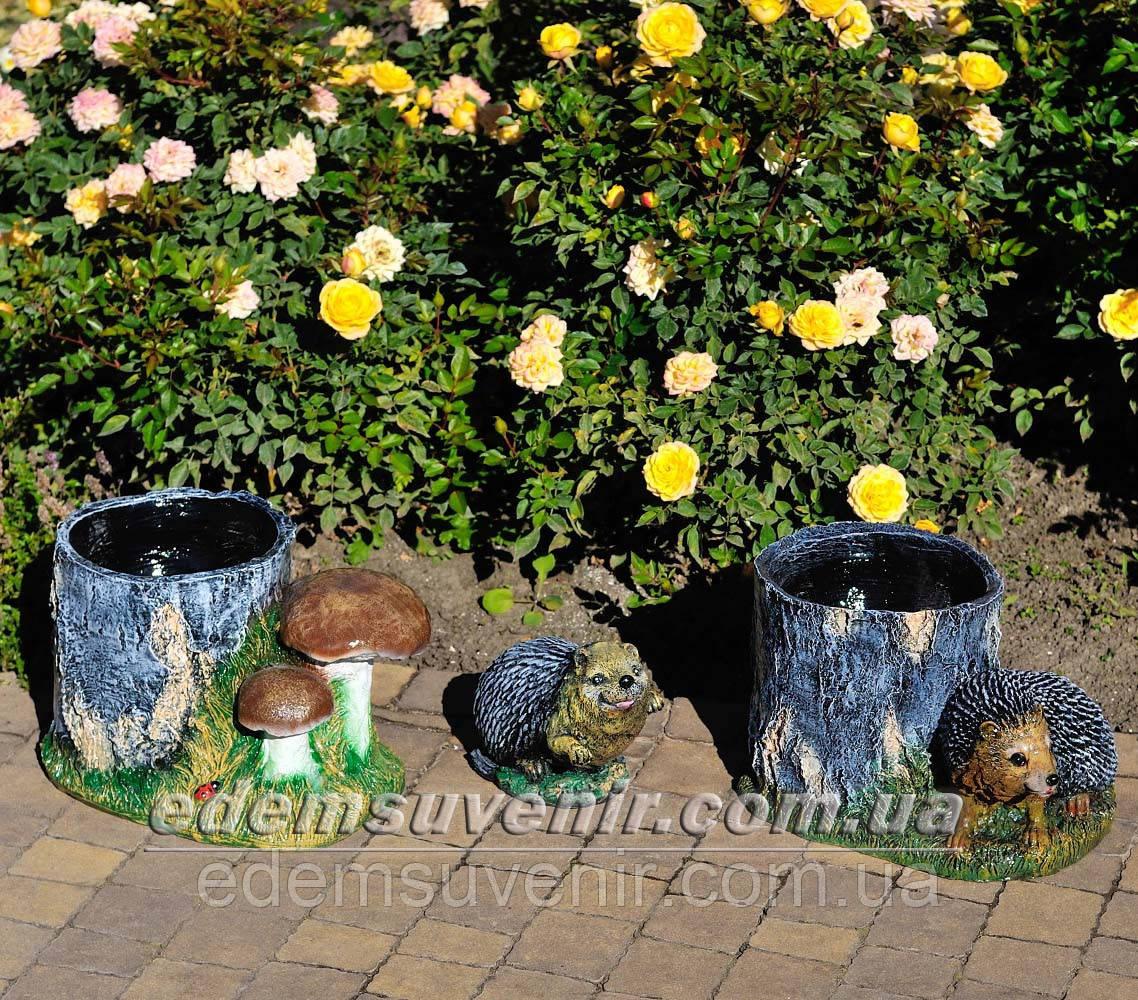 Садовая фигура Пенек с ежиком, Еж сидячий и Пенек березовый подставка для цветов