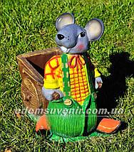 Садовая фигура подставка для цветов Мышь с тачкой и Мышь у забора, фото 3