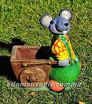 Садовая фигура подставка для цветов Мышь с тачкой и Мышь у забора, фото 2