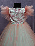 Платье детское нарядное c рюшами на 5-7 лет коралловое с молочным, фото 3