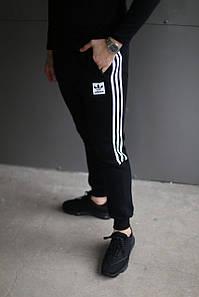 Зимние спортивные брюки Adidas Original черные с белым