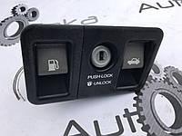 Кнопка открывания багажника и топливного бака Lexus LS430 (UCF30)