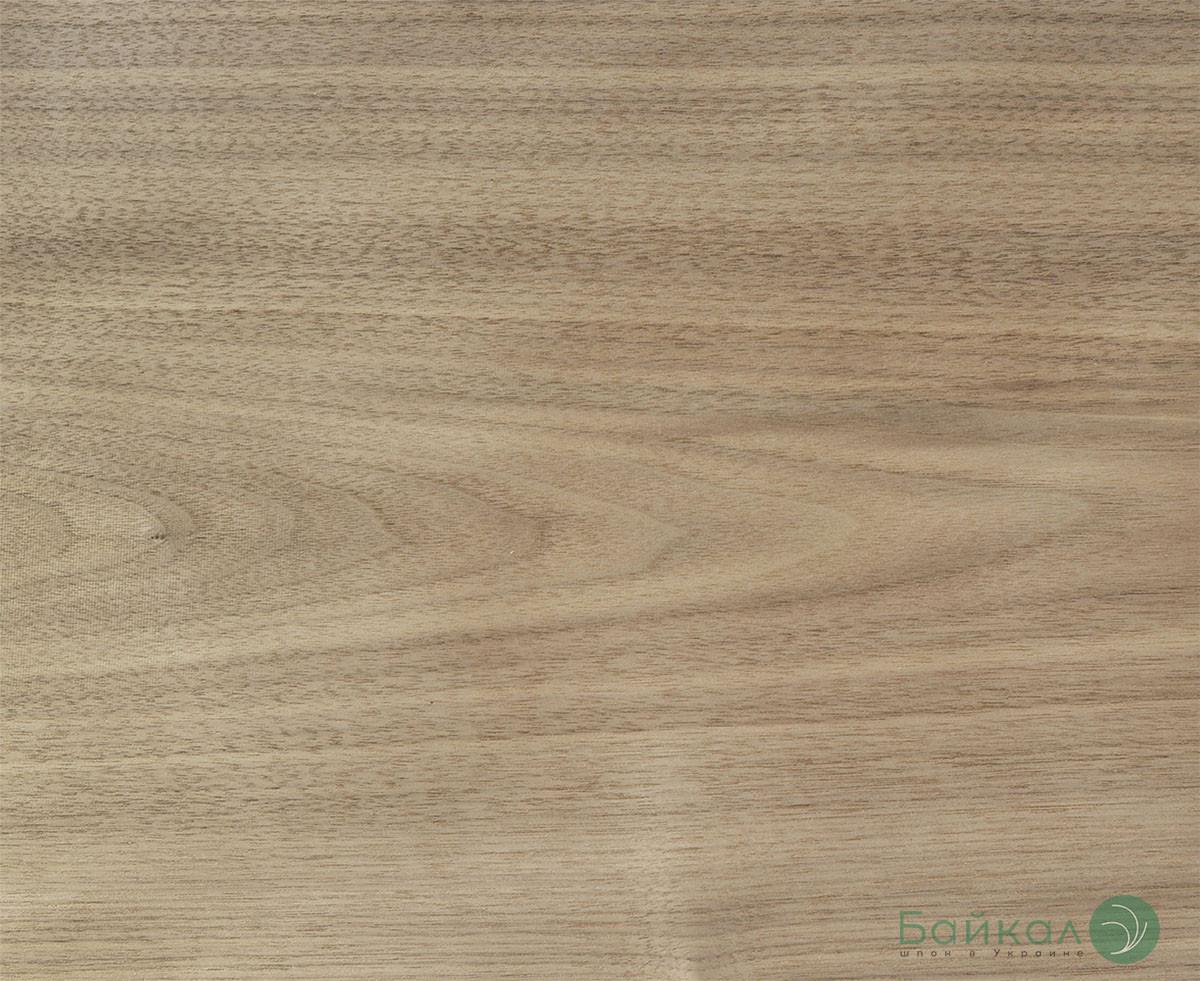Шпон строганный Орех Европейский 0,6 мм АВ 2,10 м+/10 см+