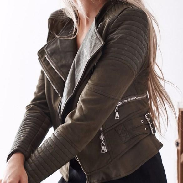 Жіноча шкіряна куртка. Модель 18224