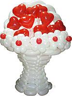 Корзина с цветами из воздушных шаров на подарок любимой девушке