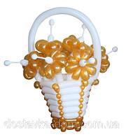 """Корзина с цветами из воздушных шаров в подарок маме """"Золотые цветы"""""""