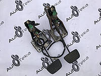 Педаль тормоза Lexus LS430 (UCF30)
