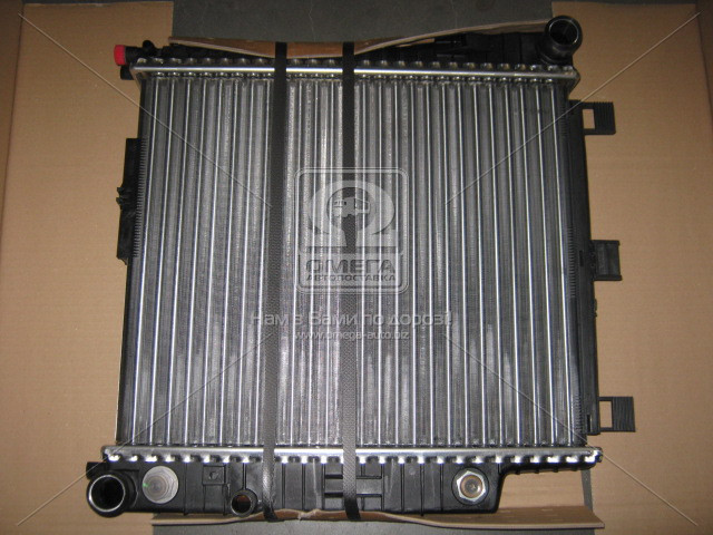 Радиатор охлаждения MERCEDES SLK 200 (R170) (96-) (пр-во Nissens), 62654