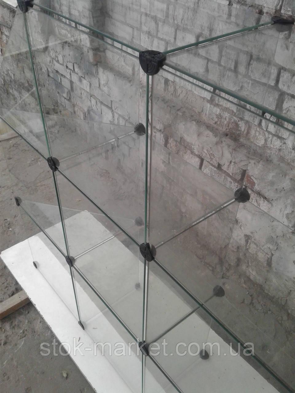 Стеклянный куб витрина 3,35 бу. витрина стеклянная б/у