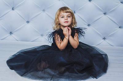 Ошатне велюрову сукню з крильцями Темно-синє