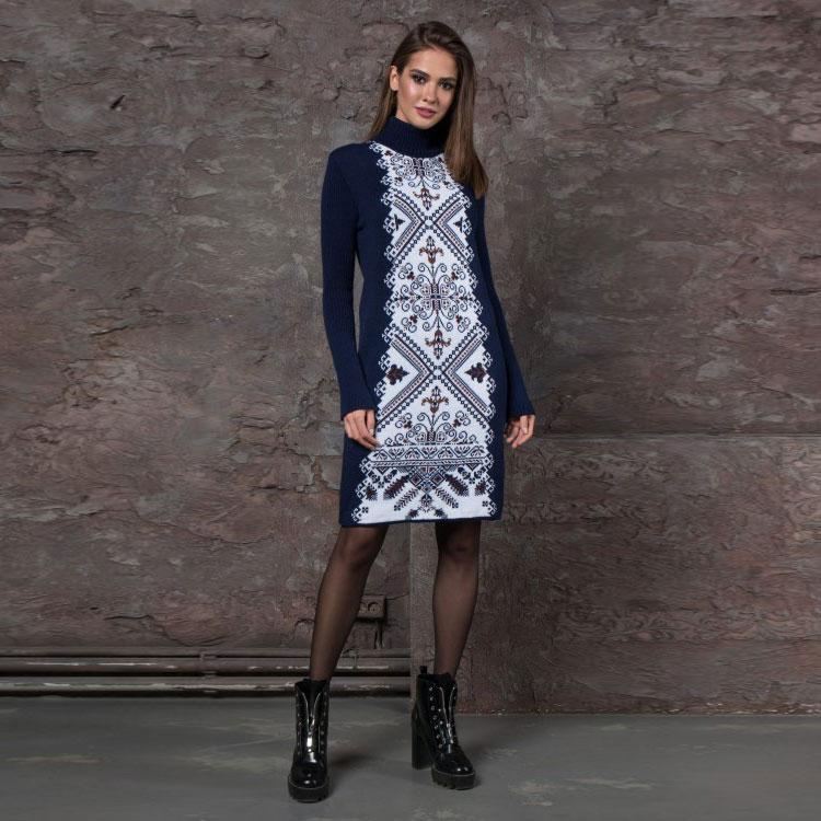 Вязаное платье Ольга синие с белым орнаментом