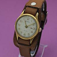 Восток винтажные механические часы СССР , фото 1