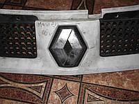 Решотка радиатора б/у Renault Master 03-10р.в.