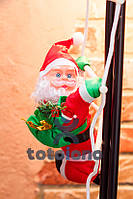 Хит! Игрушка для декора Санта Клауса 35 см на лестнице
