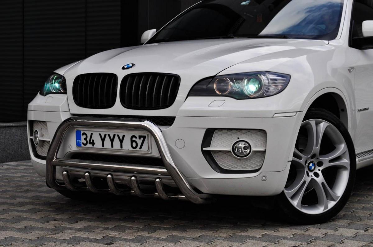 Кенгурятник на передній бампер BMW
