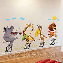 """Наклейка в детскую, на шкаф """"звери на велосипедах в цирке"""" 73см*120см (лист 60*90см), фото 3"""