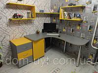 Компьютерный стол заказать в Днепре. Столы на заказ Днепр. Компьютерные столы.
