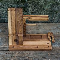 Органайзер из дерева для телефона и аксессуаров