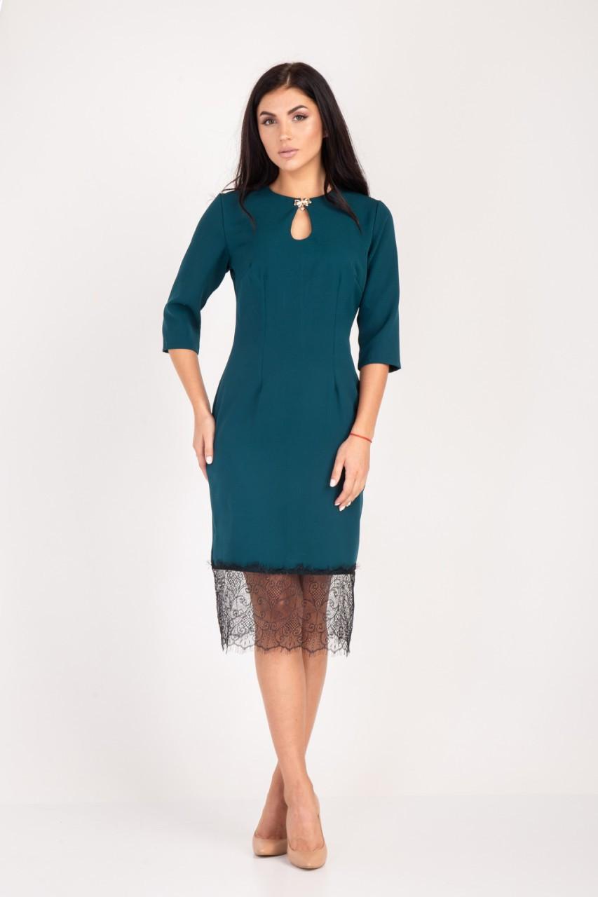 Молодежное платье  с кружевом  Размер 46,48,50