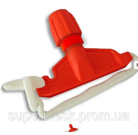Держатель пластиковый для веревочного мопа. Красный Filmop (6020B110)