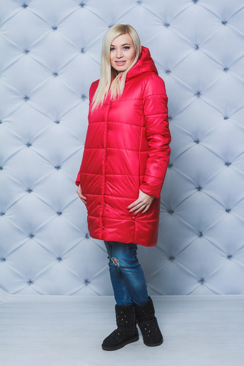 Пальто женское плащевое зимнее красное