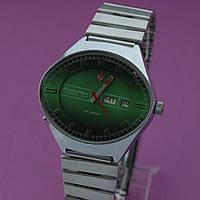 Чайка Стадион Автоподзавод мужские часы СССР , фото 1