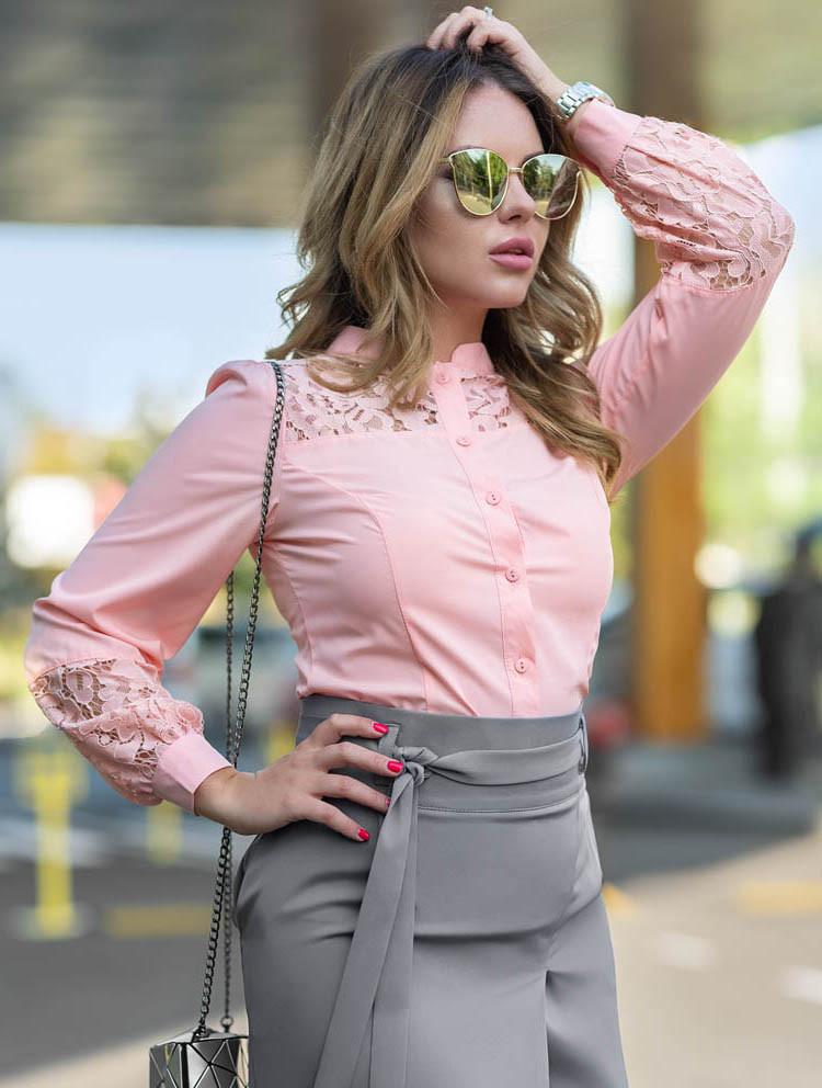 4e8e20aa735 ... фото Женская рубашка с кружевом розового цвета. Модель 19043. Размеры 42 -46