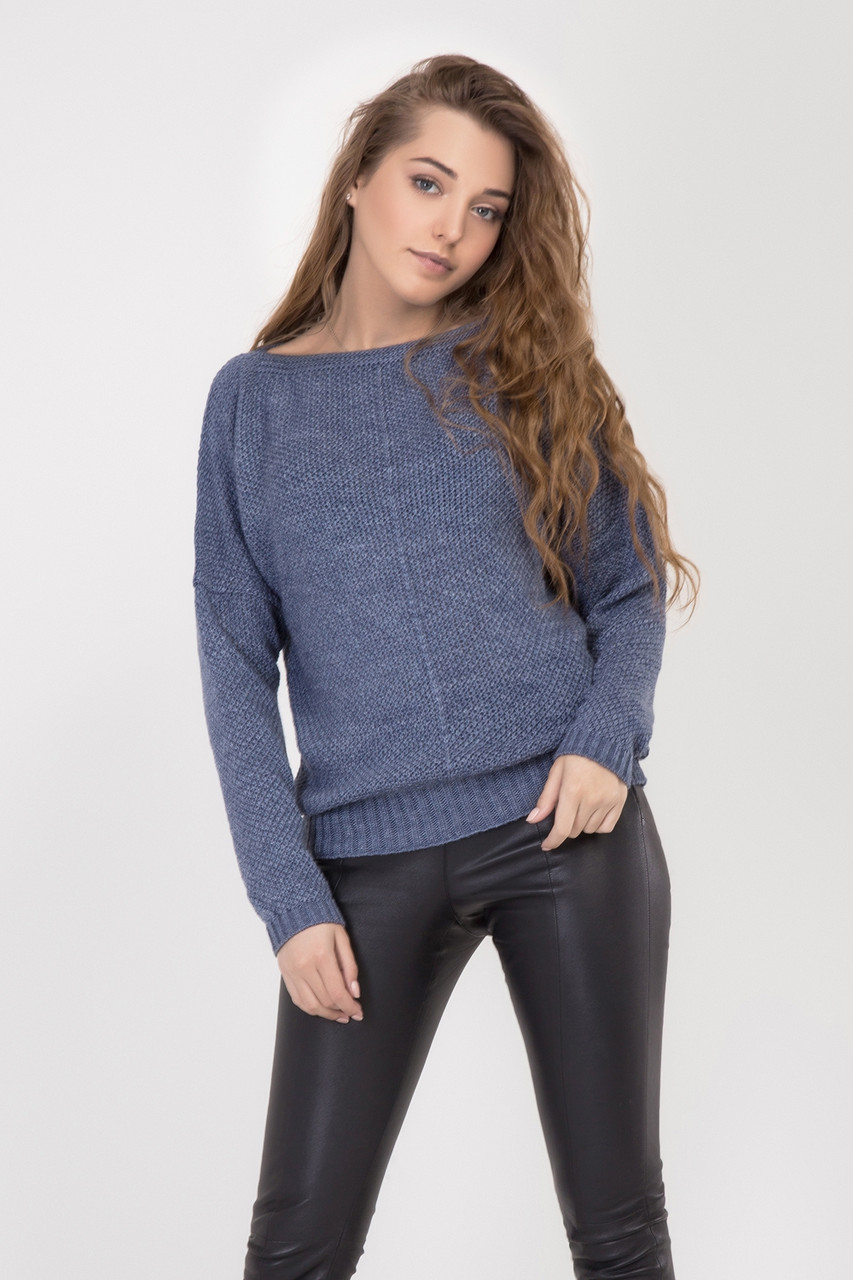Женский легкий свитер джемпер свободного силуэта летучая мышь