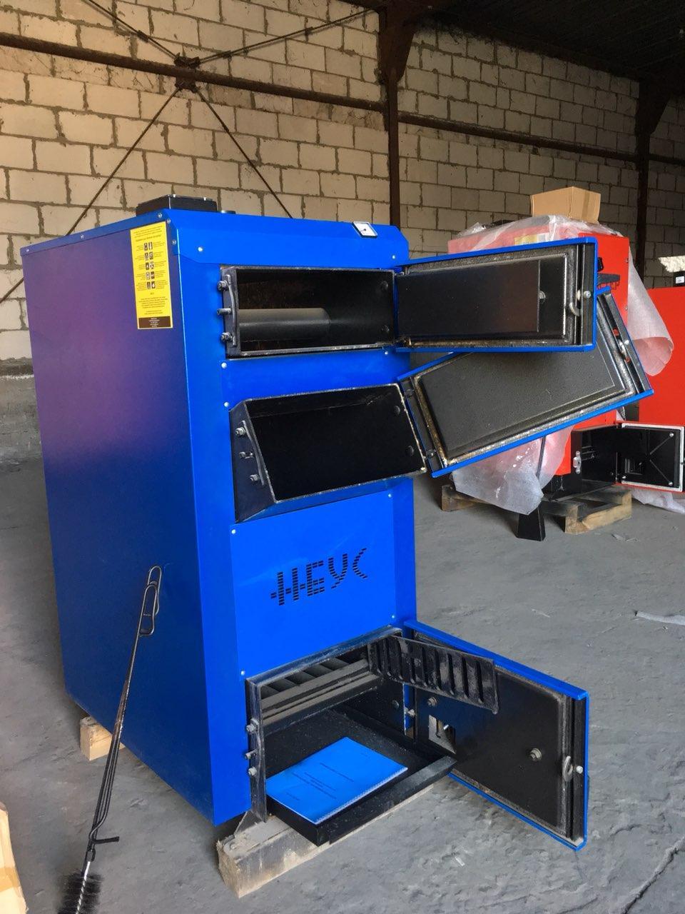 Твердотопливный котел НЕУС-В мощностью 31 кВт
