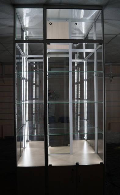 Вот что получилось: потребление колоны до 70 Вт, освещенность 500-700 люкс на каждой полке.