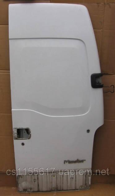 Дверь задняя правая глухая б/у на Renault Master 2.5 DCi