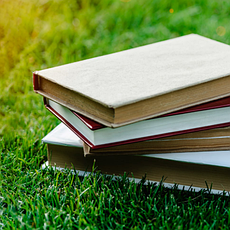 Книги и сувениры