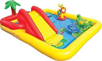 """Детский игровой надувной центр """" Аквапарк """"  с  надувными кольцами, игрушками  и горкой ."""