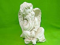 Статуэтка из гипса «Ангел задумчивый» слоновая кость