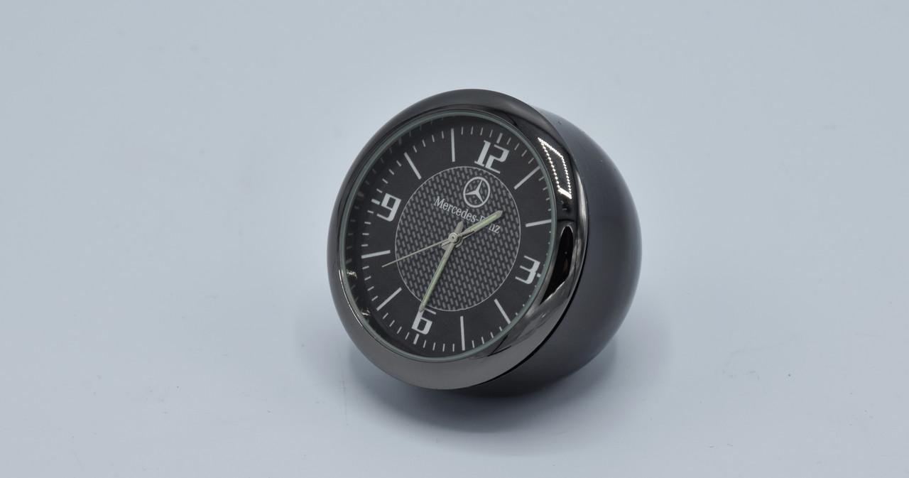 Часы в автомобиль Vehicle clock Mercedes, хром/круглые автомобильные часы с маркой авто в Мерседес подарок