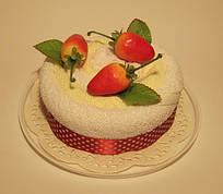 """Полотенце-тортик """"Тортик с фруктами(клубника)"""""""