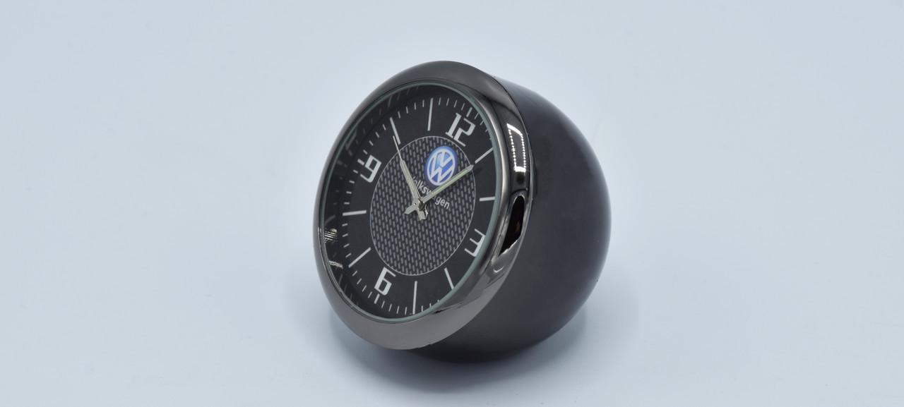 Часы в автомобиль Vehicle clock Volkswagen, хром/круглые автомобильные часы с маркой авто в Фольцваген подарок