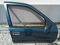 Двері передні праві Opel Vectra A