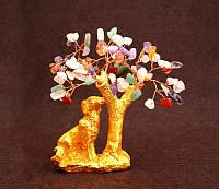 9260350 Собака полистоун под золото + дерево с камнями