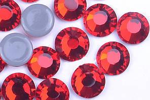 Стразы Crystal Stone(HF).Цвет Lt.Siam ss16(4mm).Цена за 100шт