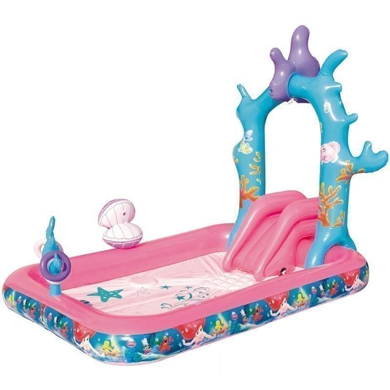 """Детский игровой надувной центр """"Русалочка"""" с горкой, фонтаном и надувными кольцами."""