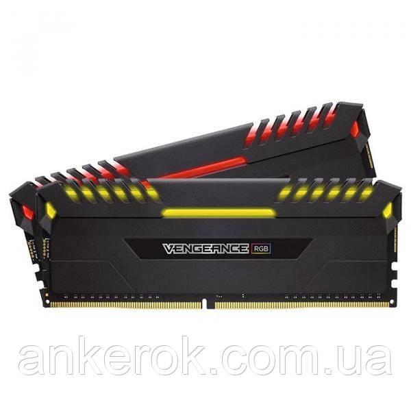 Оперативная память Corsair Vengeance RGB 16GB (2x8GB) DDR4 3000 MHz (CMR16GX4M2C3000C15)