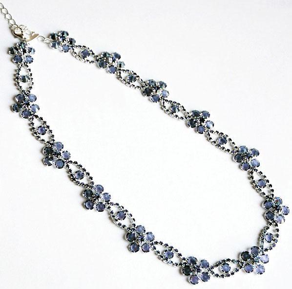 Колье, ожерелье, бусы